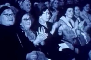 old women clapping thumb